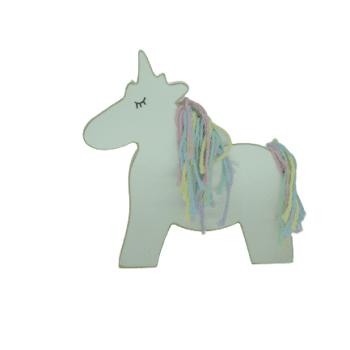 Unicornio em Madeira Candy M