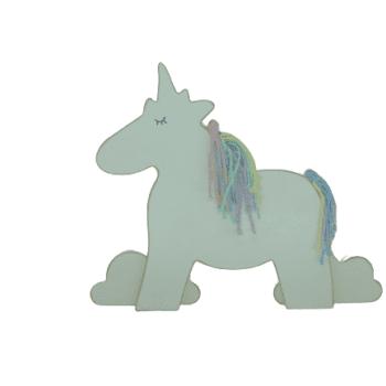 Unicornio em Madeira Candy P